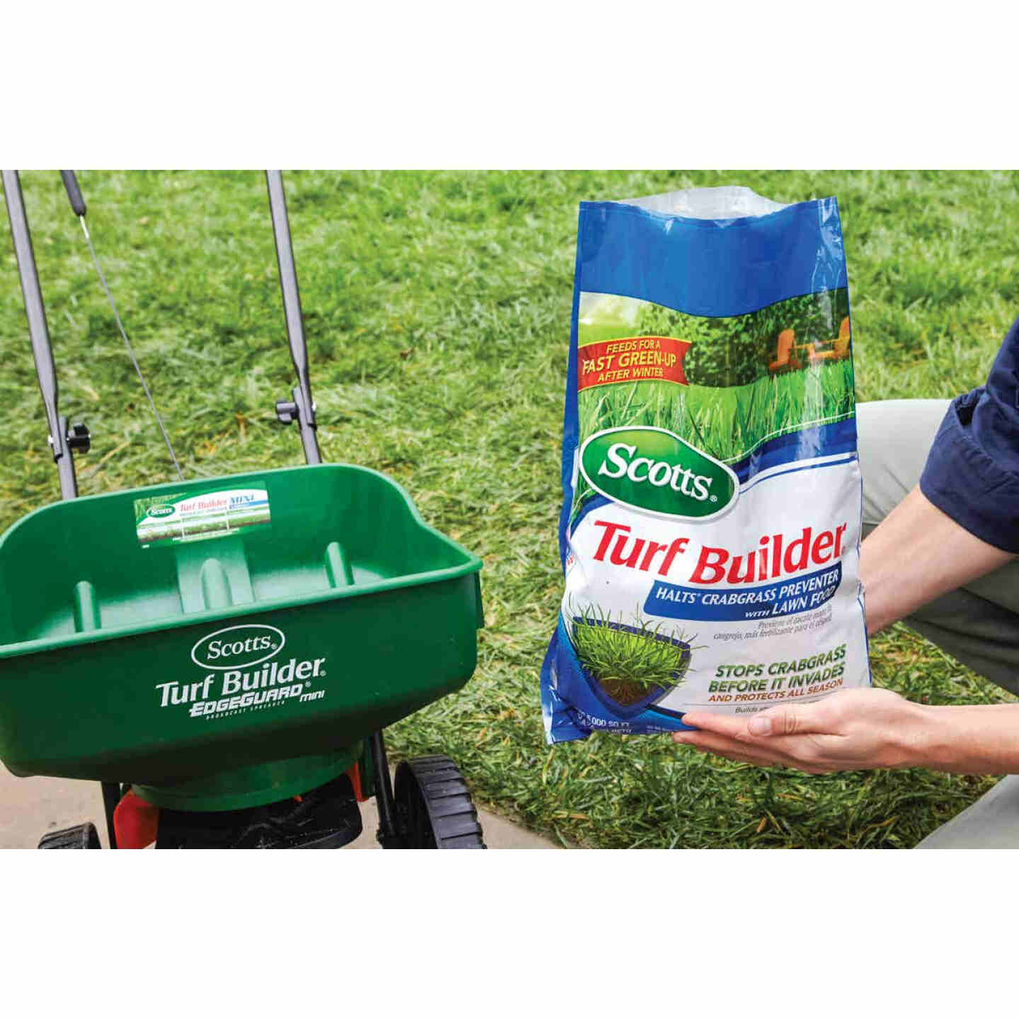Scotts Turf Builder 13.35 Lb. 5000 Sq. Ft. 30-0-4 Lawn Fertilizer with Halts Crabgrass Preventer Image 2